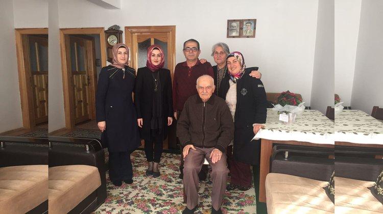Aile Yaşam Merkezi ekiplerinden emekli öğretmenlere ziyaret