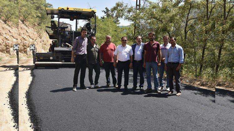 Tanjant yolu asfaltlanıyor