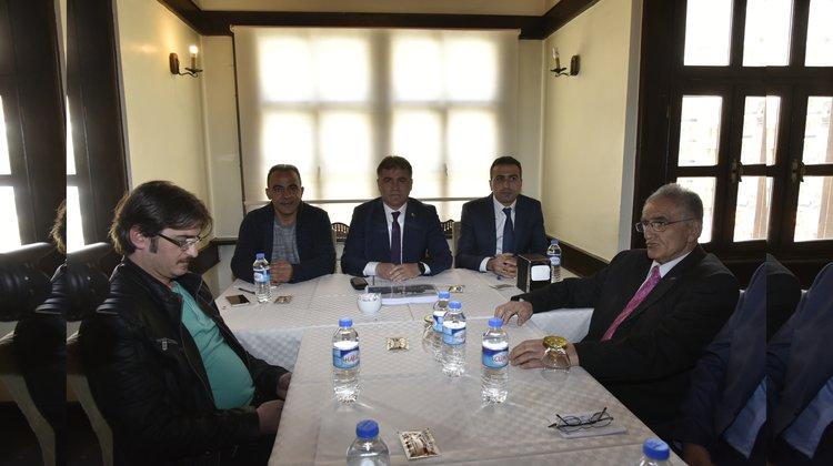 Başkan Çimen, gazetecilerle buluştu