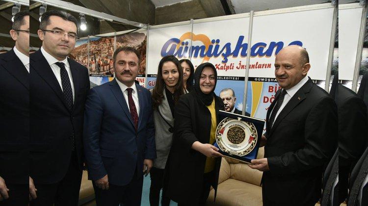 Başbakan Yardımcısı Işık, Gümüşhane Tanıtım Günleri'ni Ziyaret Etti