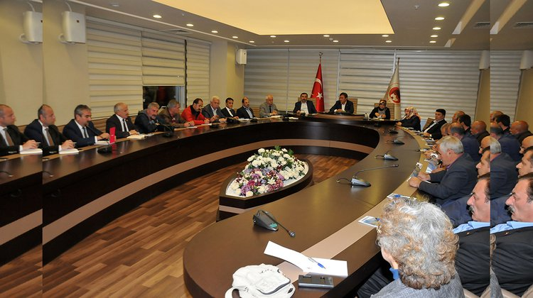Başkan Çimen, Muhtarlarla İstişare toplantısı düzenledi