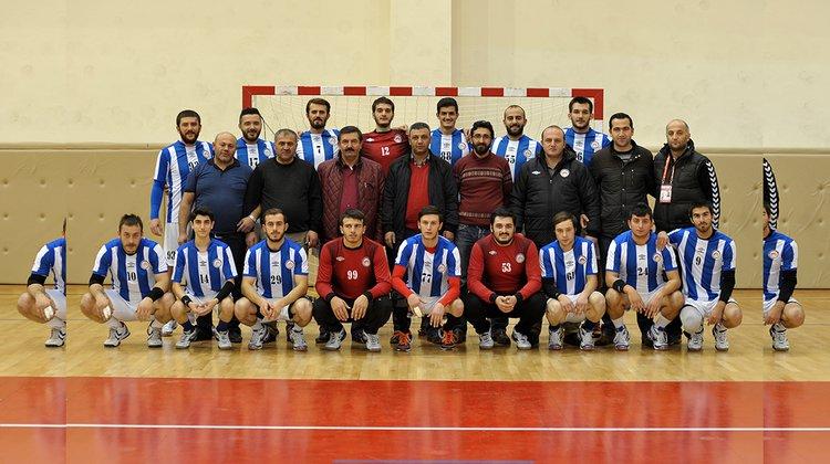 Gümüşhane Belediyesi Hentbol Takımı, Karabük Gençlik Spor Kulübü'nü yendi