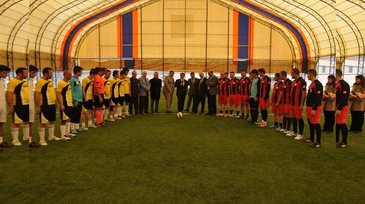 """""""6. Kurumlararası Halı Saha Futbol Turnuvası"""" başladı"""