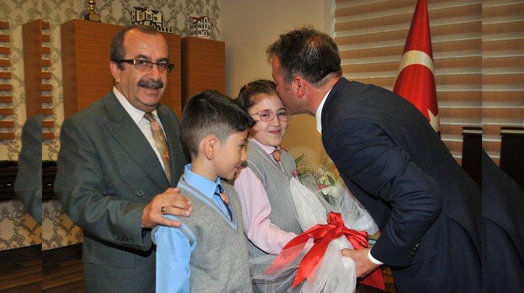 Öğrencilerden Başkan Çimen'e ziyaret