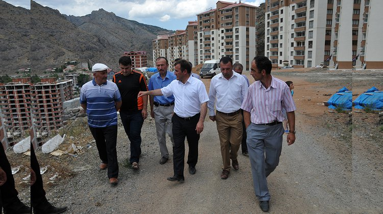 Başkan Çimen, Oltanbey Mahallesinde incelemelerde bulundu