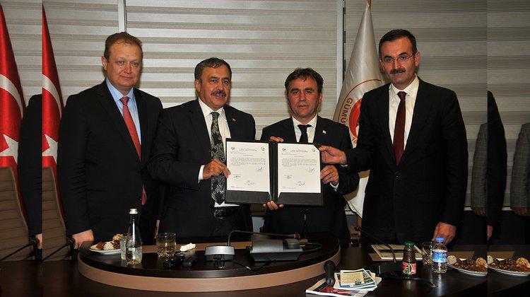 Orman ve Su İşleri Bakanı Eroğlu Gümüşhane'de