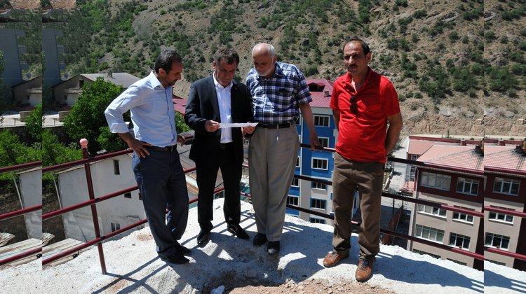 """Başkan Çimen, """"Örnek Mahalle"""" projesini inceledi"""