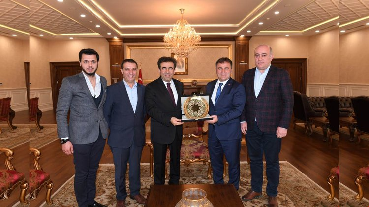 Başkan Çimen, Vali Güzeloğlu'nu ziyaret etti