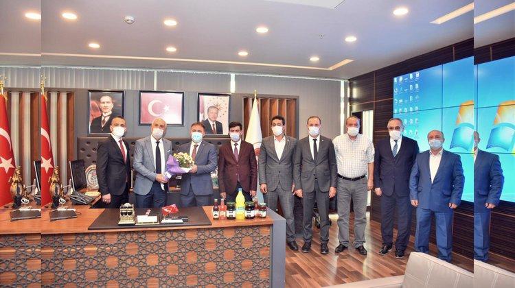 Başkan Çimen Muhtarlar Gününü Kutladı