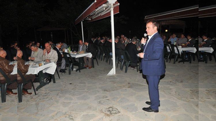 Başkan Çimen, muhtar ve STK'larla iftarda buluştu