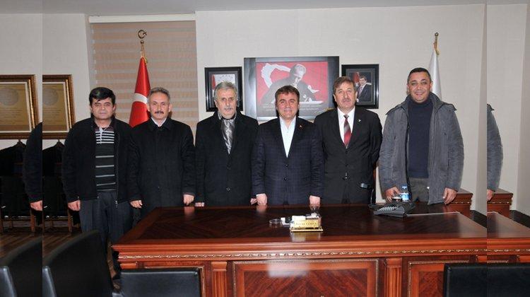 Başkan Çimen, MHP İl Başkanı Ateş'i makamında kabul etti